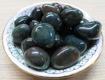 Tumbled Stone (Bloodstone)